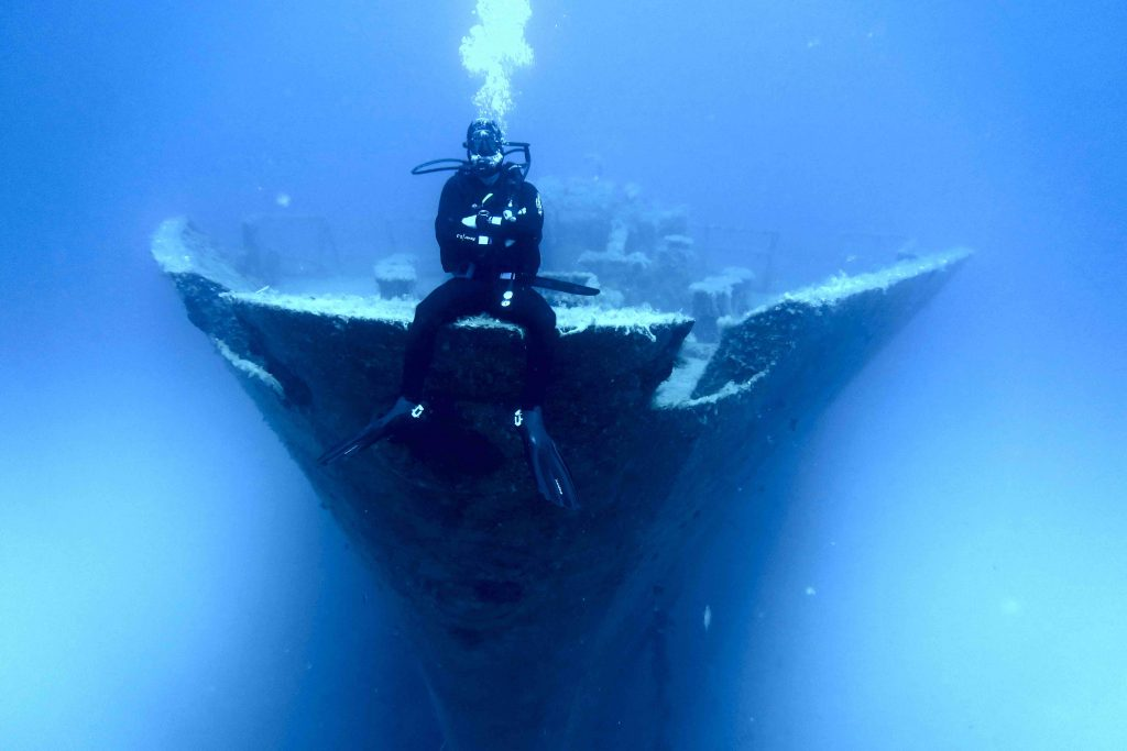 Diving at Um El Faroud